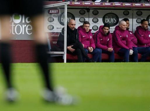 Guardiola can repeat Barca's success at Man City - Xavi.