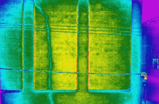 Thermal image of commercial building wall crack