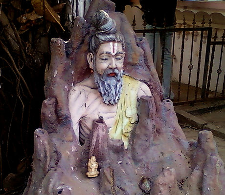 Replica_of_sage_Valmiki_at_Dwaraka_Tirum