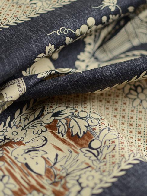 Tissu motifs fleurs