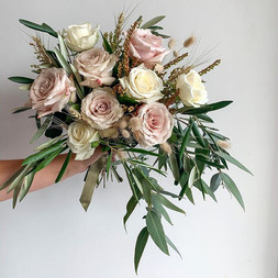 For our lovely Bride Peony today🕊.jpg