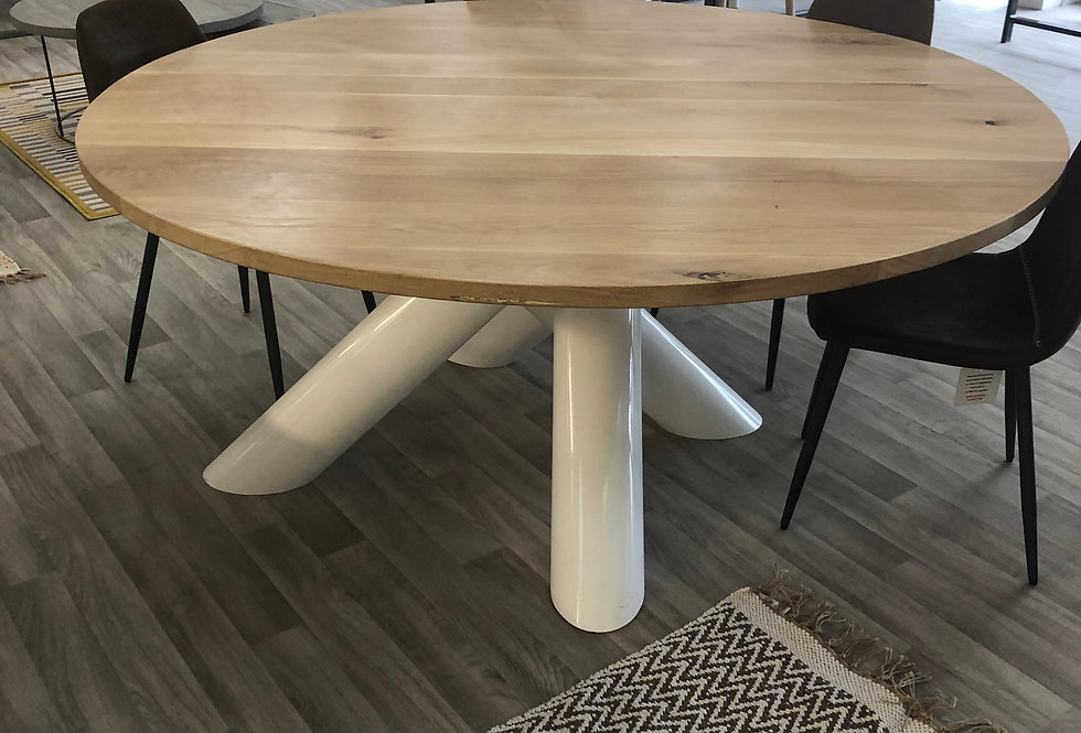 ***IN STOCK*** ROUND OILED OAK TABLE WITH WHITE LEGS