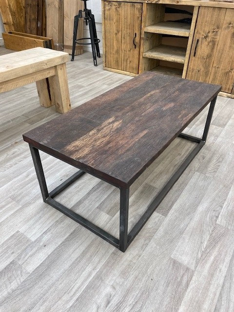 ***IN STOCK*** CUBE COFFEE TABLE WITH EKKI TOP