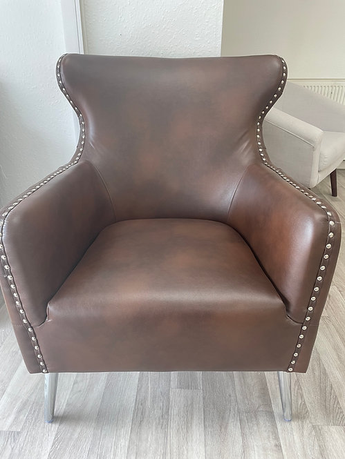 ***IN STOCK*** SINGLE BROWN LEATHER ARMCHAIR