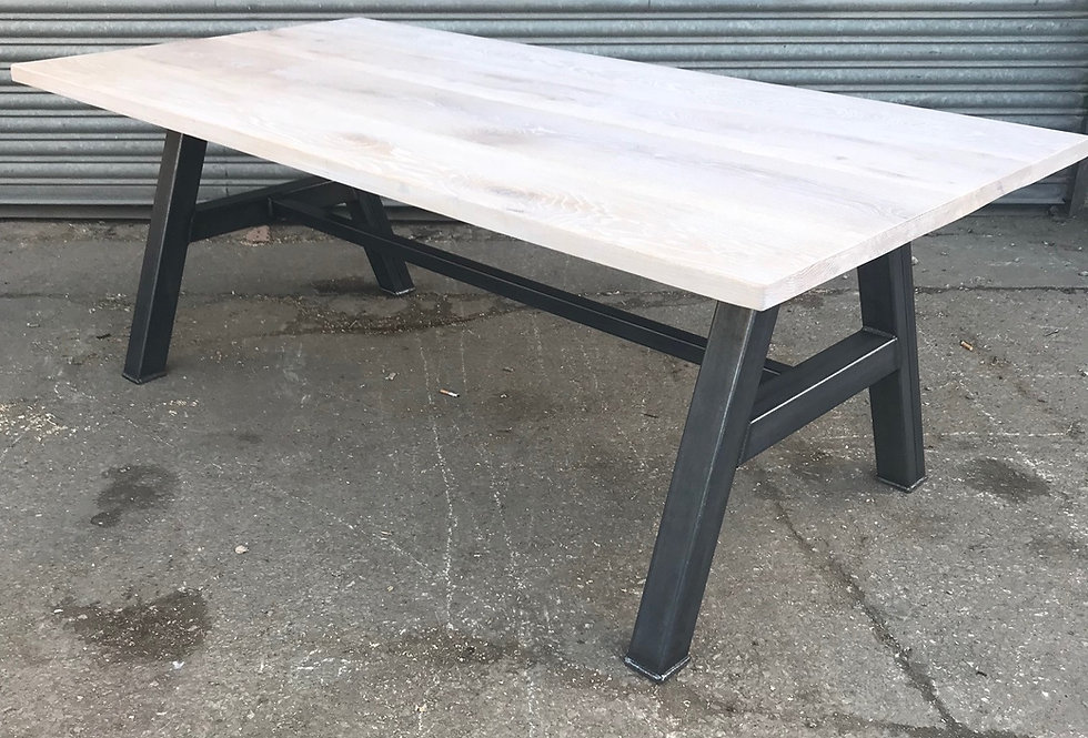 Solid Full Stave Oak Industrial Chic 6-8 Seater Steel Dining Table 451
