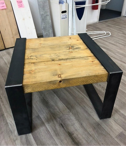 ***IN STOCK*** RECLAIMED TIMBER WRAP OVER COFFEE TABLE IN OIL