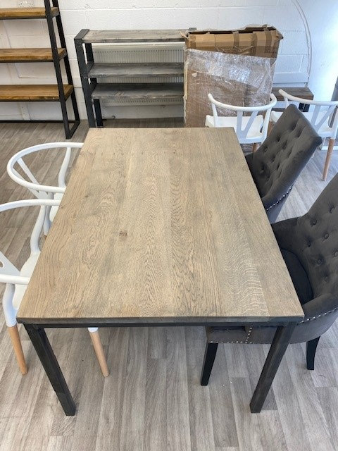 ***IN STOCK*** FULL STAVE OAK STRAIGHT LEG DINING TABLE IN GREYWASH
