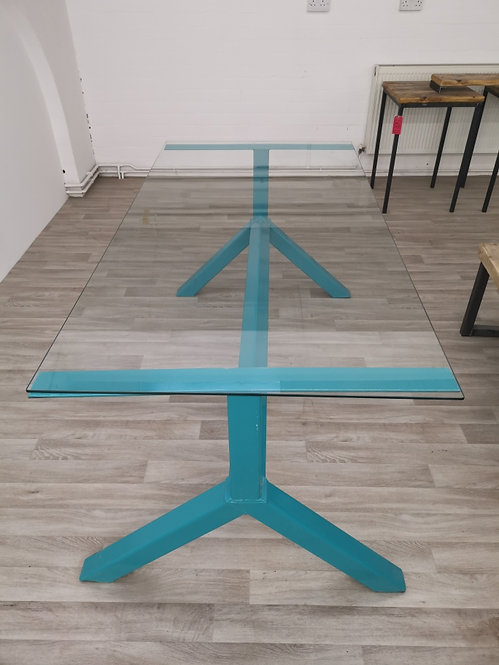 ***IN STOCK*** 6-8 SEATER Y FRAME GLASS TOP TABLE IN TEAL