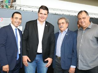 Presidente da AEAS acompanha visita do governador em exercício à região