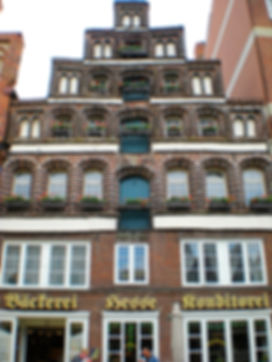 luneberg, germany, crooked building