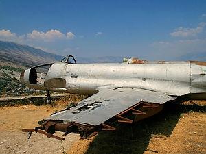 plane, gjirokastra, albania