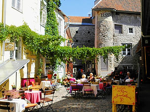 tallinn, estonia, courtyard
