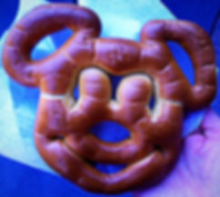 mickey pretzel, disneyland, LA