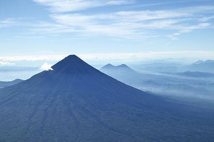 volcan acatenango antigua guatemala