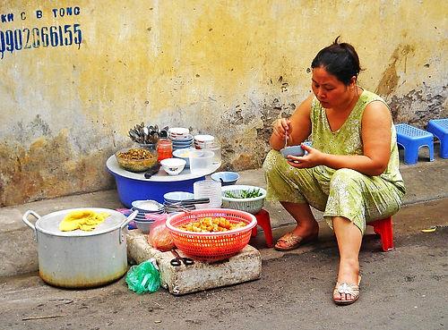 saigon, ho chi minh city, vietnam, street vendor, food
