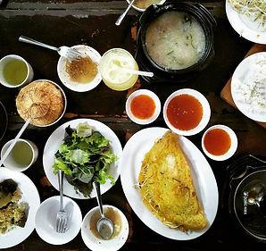 saigon, ho chi minh city, vietnam, food, buffet, banh xeo