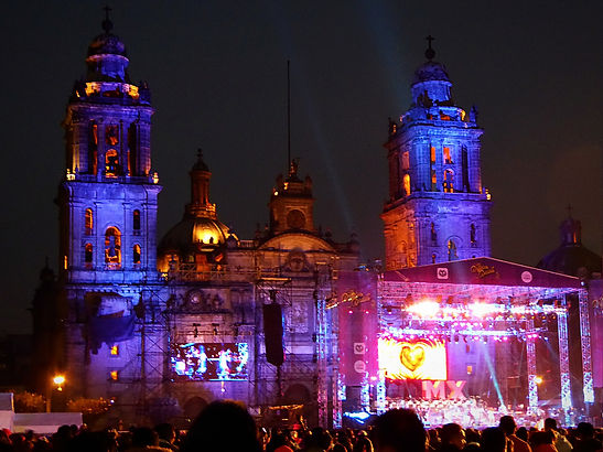 zocalo mexico city, valentines day