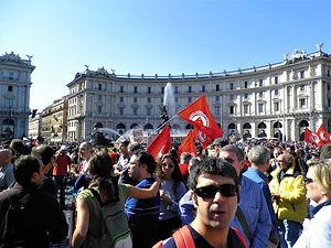 Riots, Piazza della Repubblica, protesters, rome, italy
