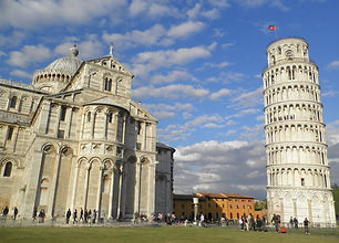 Duomo and Leaning Tower of Pisa (4)_edit