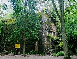 wolf's lair, hitler's bunker, poland