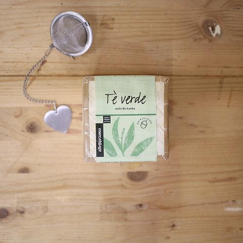 Tè verde in foglie
