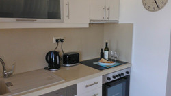 bayview-penthouse-marble-worktop