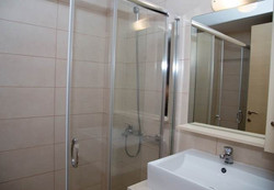 Shower Penthouse 25
