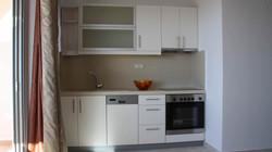 bayview-penthouse-kitchen-makrigialos