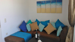 penthouse-sofa-bayview-makrigialos