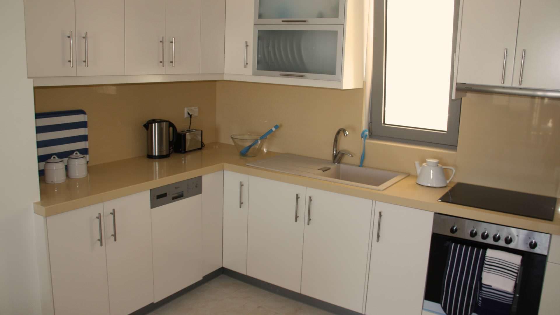 townhouse-luxury-kitchen-bayview