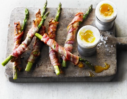 SOFT BOIL DUCK EGG WITH BACON AND ASPARAGUS SOLDIERS