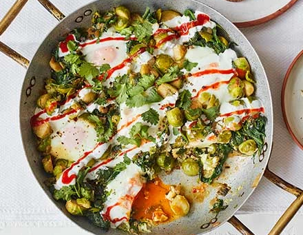 SPROUT AND SPINACH BAKED EGGS