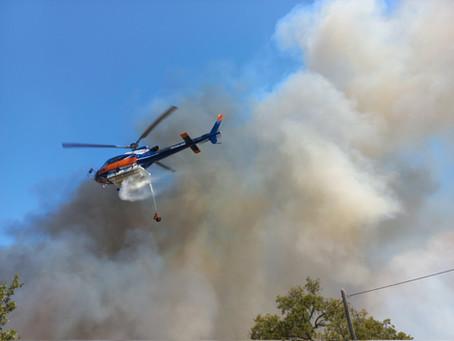 Feuer noch immer nicht unter Kontrolle, erste Tote sind zu beklagen