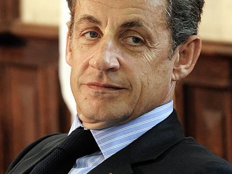 Sarkozy bald ein Jahr mit Fußfessel im Var?