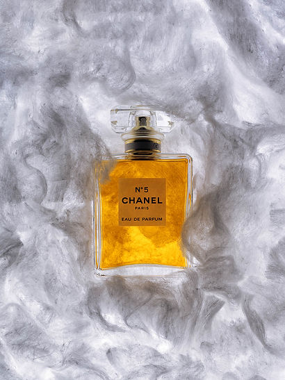 still-life-parfum-chanel-5