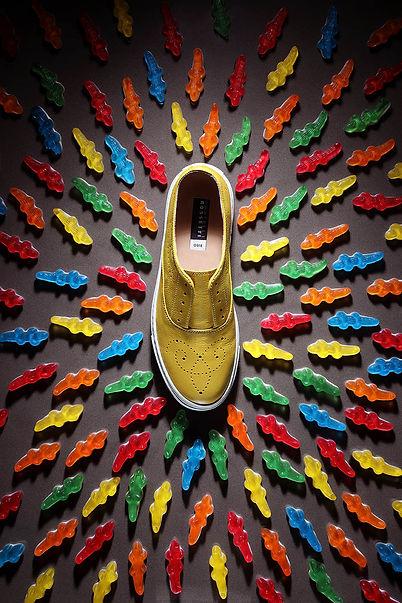 still-life-chaussure-fratelli-rosetti-bonbons-crocodiles