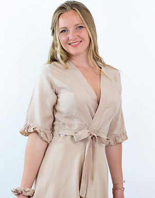 Sustainable and handmade clothes for women
