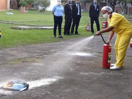 Funcionários do Himaba recebem treinamento anti-incêndio