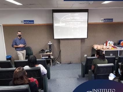 Instituto Gnosis promove capacitação para colaboradores e usuários do SUS