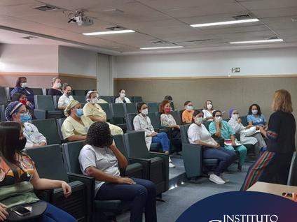 Hospital da Mulher Heloneida Studart promove palestras sobre Prevenção da Gravidez na Adolescência
