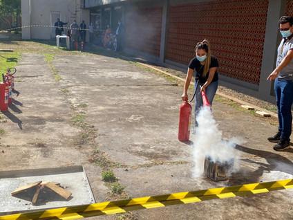 Himaba promove novo treinamento de combate ao princípio de incêndio para colaboradores