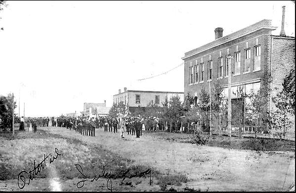 pARADE 1909.jpg