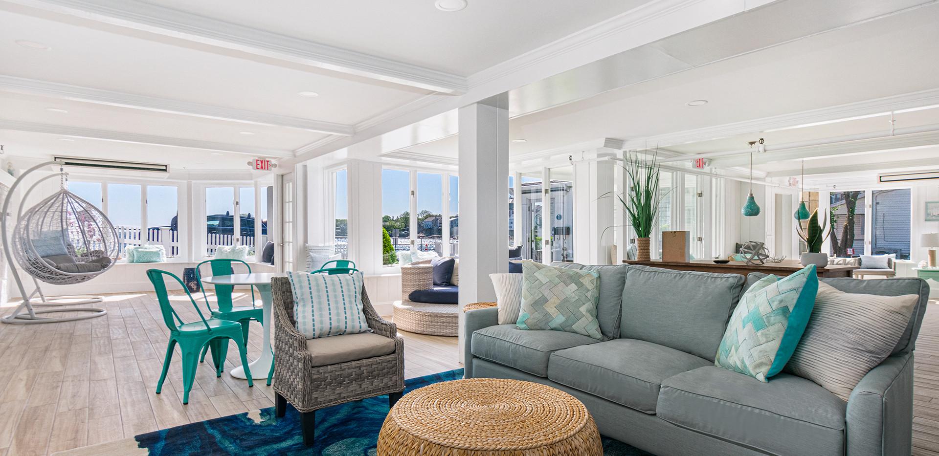 Oceanfront Clubroom Design
