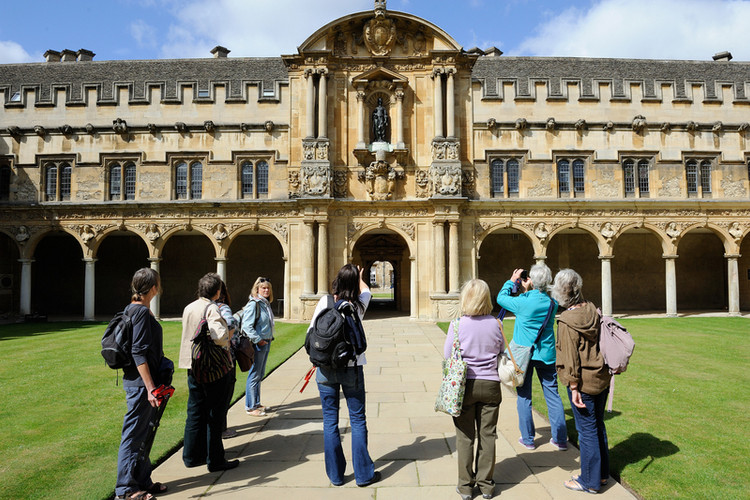 St Johns College art tour