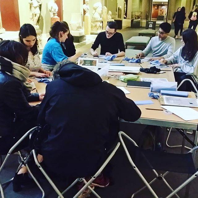Oxford University students sketching workshop