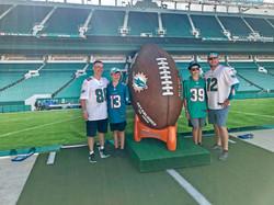 Miami-Dolphins-Giant-Ball-Photo-Opp