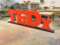 TED-Giant-Letters-fabrication