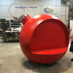 Christmas_Chair_Giant_Ball