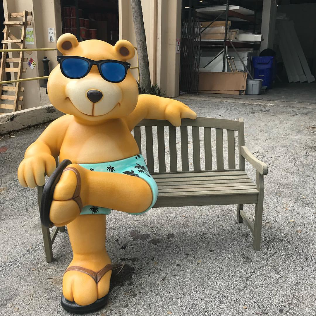Golden_Bear_Chair