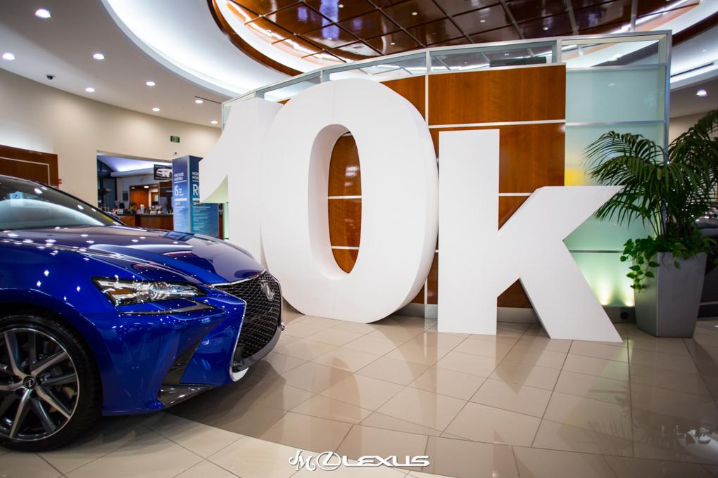 Lexus Aniversary Giant Letters